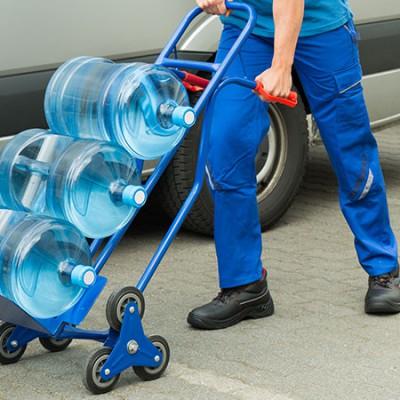 Transporte de água mineral